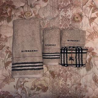 バーバリー(BURBERRY)のバーバリータオルセット(タオル/バス用品)