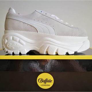 Buffalo - [26cm] PUMA X BUFFALO LONDON SUEDE WHITE