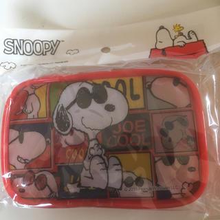 SNOOPY - スヌーピー   ひも付きスクエアポーチ 赤