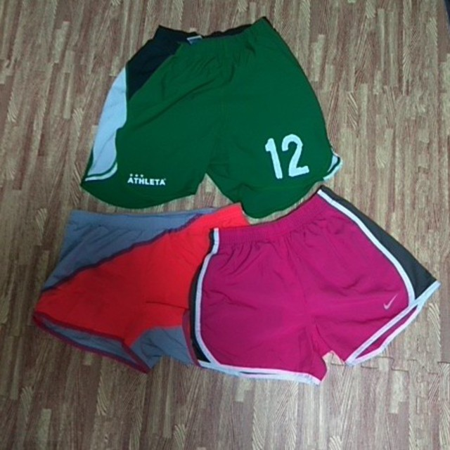 NIKE(ナイキ)のランニングパンツ3枚 チケットのスポーツ(ランニング/ジョギング)の商品写真