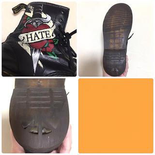 ドクターマーチン(Dr.Martens)のDr.Martens タトゥーシリーズ love&hate 廃盤 ブーツ(ブーツ)