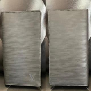 ルイヴィトン(LOUIS VUITTON)のルイヴィトンVUITTON エピライン ブラック(黒)札 カード入れ 長財布 (長財布)