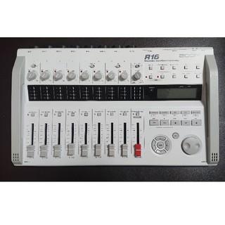 ズーム(Zoom)のzoom R16 MTR DTM 8ch 同時録音可(MTR)