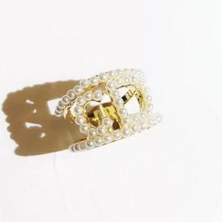 クリスチャンディオール(Christian Dior)のパール イニシャル リング(リング(指輪))