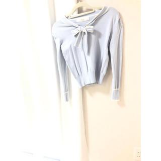 トッコ(tocco)のtocco closet リボン タイ ニット ブルー Mサイズ(ニット/セーター)