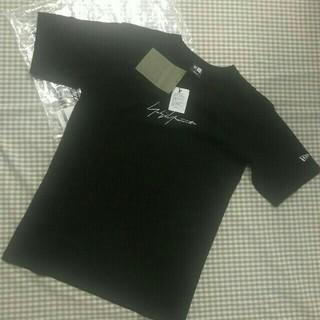 ヨウジヤマモト(Yohji Yamamoto)のヨウジヤマモト YOHJI YAMAMOTO new era Tシャツ 半袖 黒(Tシャツ/カットソー(半袖/袖なし))