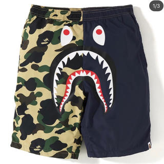 アベイシングエイプ(A BATHING APE)の1ST BAPE CAMO SHARK BEACH PANTS(水着)