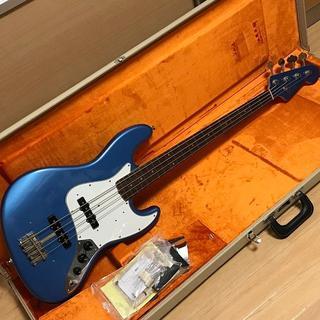 Fender - Fender USA American Vintage 64 Jazz Bass