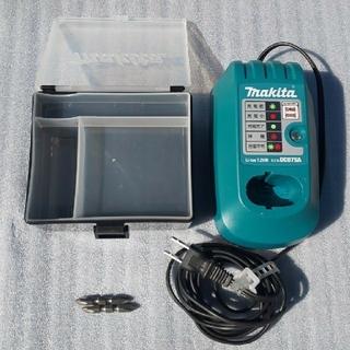 マキタ(Makita)のマキタ 充電器 7.2V(バッテリー/充電器)