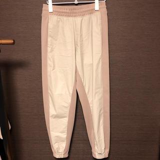 オフホワイト(OFF-WHITE)のYEEZY SEASON3 TAKUYA∞ 着用 パンツ ジョガーパンツ(その他)