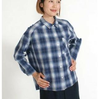 リネンブレンド七分袖シャツ