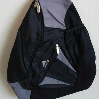 アディダス(adidas)のadidas 三角リュック★未使用★(バッグパック/リュック)