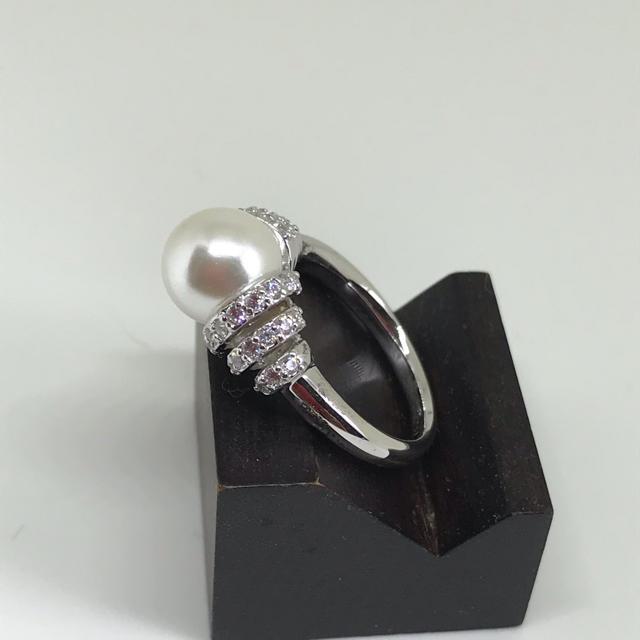 値下げ シルバー パールリング レディースのアクセサリー(リング(指輪))の商品写真