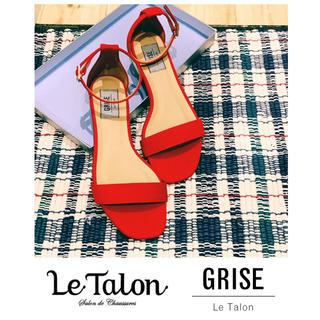 ルタロン(Le Talon)のLe Talon GRISE 今期新作アンクルストラップフラットサンダル23.5(サンダル)