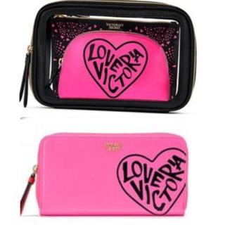 ヴィクトリアズシークレット(Victoria's Secret)のVS可愛い新作トリプルポーチ&お財布(ポーチ)