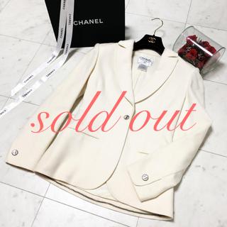 d5882cb9cde7 シャネル(CHANEL)の美品 シャネル ウール お上品なジャケット ホワイト コート(