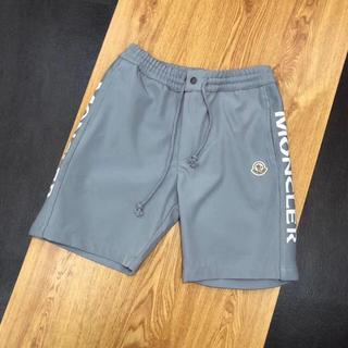 モンクレール(MONCLER)のMoncler メンズ 夏着 レシャー パンツ バミューダパンツ XLサイズ (ショートパンツ)