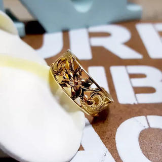 【SALE】ハワイアンジュエリー 透かし彫り プルメリア トゥリング(リング(指輪))