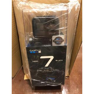 ゴープロ(GoPro)の二台。GoPro HERO7 BLACK CHDHX(ビデオカメラ)