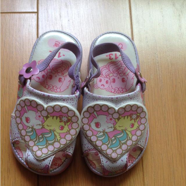サンリオ(サンリオ)のサンリオ 音がなるサンダル  13.0 キッズ/ベビー/マタニティのベビー靴/シューズ(~14cm)(サンダル)の商品写真