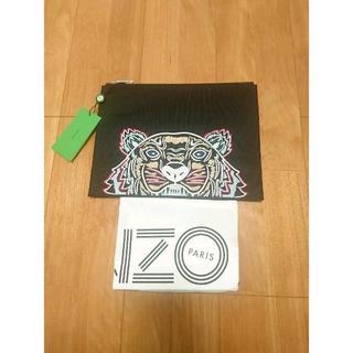 ケンゾー(KENZO)の★新品正規品【KENZO】A4対応 刺繍クラッチバッグ マルチブラック(セカンドバッグ/クラッチバッグ)