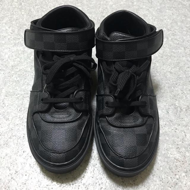 LOUIS VUITTON(ルイヴィトン)のLOUIS VUITTON ダミエ グラフィット スニーカー レディースの靴/シューズ(スニーカー)の商品写真