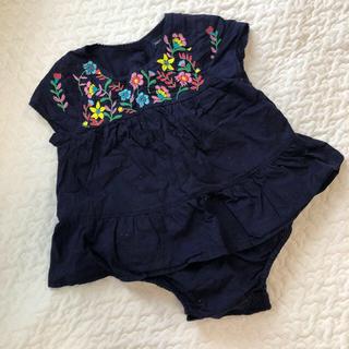 baby GAP 刺繍ロンパース