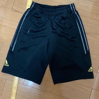 アディダス(adidas)のハーフパンツ 140(パンツ/スパッツ)