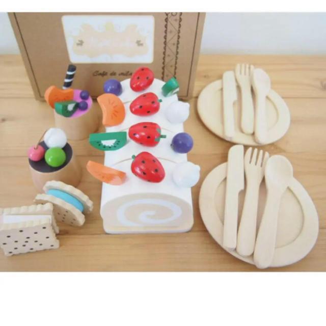 Bonpoint(ボンポワン)の完売!希少 milan 木のおもちゃ ロールケーキ キッズ/ベビー/マタニティのおもちゃ(その他)の商品写真