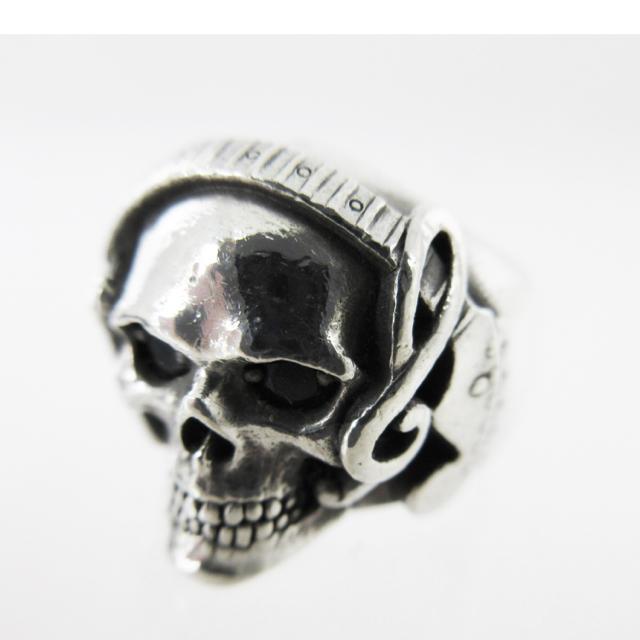 Justin Davis(ジャスティンデイビス)のジャスティンデイビス コラボスカルリング メンズのアクセサリー(リング(指輪))の商品写真