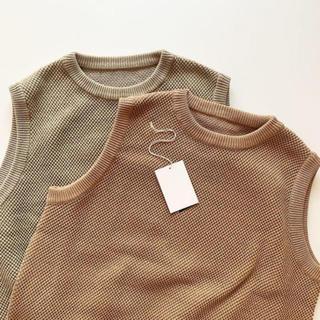 コモリ(COMOLI)のcrepuscule 19ss moss stitch vest(ベスト)