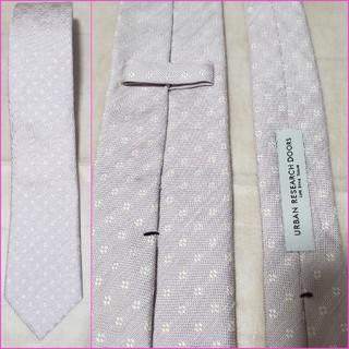 ドアーズ(DOORS / URBAN RESEARCH)の美品/URBAN RESEARCH DOORS/麻混 小紋柄 日本製ネクタイ(ネクタイ)