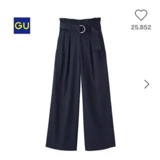 ジーユー(GU)のベルト付きハイウエストワイドパンツ 美品(カジュアルパンツ)