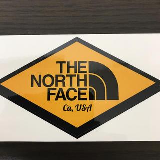 ザノースフェイス(THE NORTH FACE)の【縦7.5cm横12.8cm】THE NORTH FACE ステッカー新作(ステッカー)