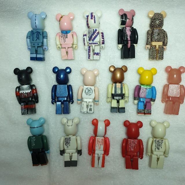MEDICOM TOY(メディコムトイ)のbabyshark様専用 ベアブリック 16種セット エンタメ/ホビーのおもちゃ/ぬいぐるみ(キャラクターグッズ)の商品写真