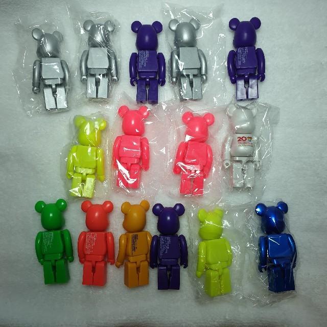 MEDICOM TOY(メディコムトイ)のベアブリック ベーシック15ケ エンタメ/ホビーのおもちゃ/ぬいぐるみ(キャラクターグッズ)の商品写真