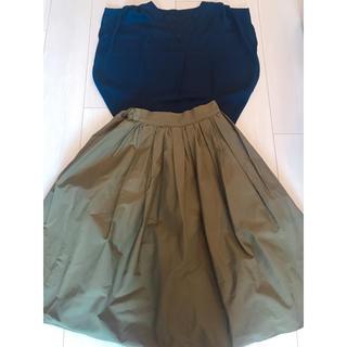 ジーユー(GU)のグラマラスガーデン スカート カーキ ハリ素材(ロングスカート)