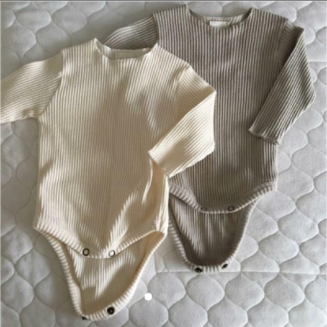 babyGAP(ベビーギャップ)のリブロンパース 2枚セット キッズ/ベビー/マタニティのベビー服(~85cm)(ロンパース)の商品写真