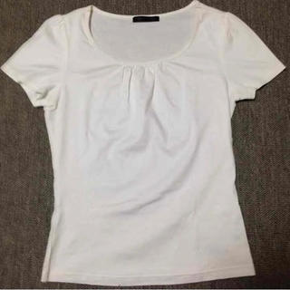 ジーユー(GU)のシルエットが綺麗なトップス(Tシャツ(半袖/袖なし))