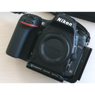 Nikon - 星空撮影に!Nikon D750 ボディ 美品 シャッター回数少 オマケ多数