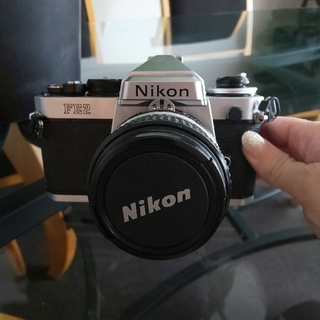 ニコン(Nikon)のNikon FE2 (フィルムカメラ)