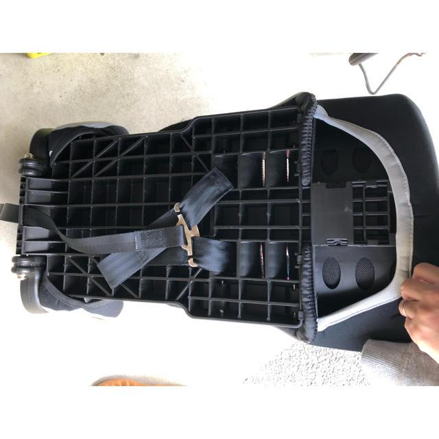 チャイルドシート キッズ/ベビー/マタニティの外出/移動用品(自動車用チャイルドシート本体)の商品写真