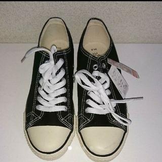 しまむら - 新品★レディース24.0/スニーカー/白黒/キャンバス
