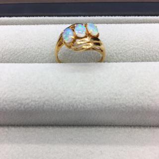 K18リング 天然オパールリング 指輪  18金刻印あり0.75ct鑑定書付き (リング(指輪))