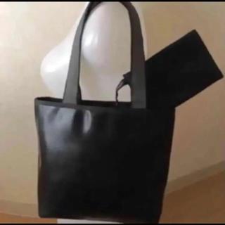 ミュウミュウ(miumiu)のミュウミュウ ショルダーバッグ トートバッグ 黒 ポーチ付き(ショルダーバッグ)