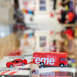 シュプリーム(Supreme)のSupreme Hot Wheels Fleet Flyer + BMW(ミニカー)