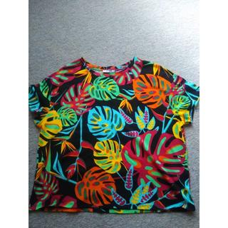 ザラ(ZARA)のZARA  トロピカルTシャツM 試着のみ(Tシャツ(半袖/袖なし))