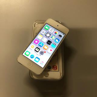 iPod touch - 送料無料!六世代 iPod touch 16GB MKH42J/A