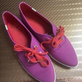 ケイトスペードニューヨーク(kate spade new york)のKate SpadeとKedsコラボ靴(スニーカー)