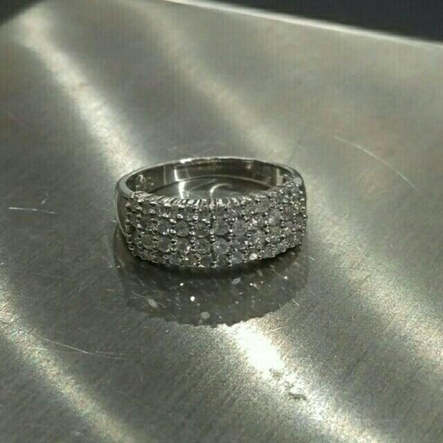 Pt900 プラチナ リング メレダイヤ 0.50ct レディースのアクセサリー(リング(指輪))の商品写真